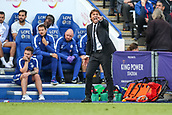 9th September 2017, King Power Stadium, Leicester, England; EPL Premier League Football, Leicester City versus Chelsea; Antonio Conte Manager of Chelsea points and shouts to his players