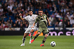 Pepe (l) of Real Madrid fights for the ball with Miroslav Radovic of Legia Warszawa during the 2016-17 UEFA Champions League match between Real Madrid and Legia Warszawa at the Santiago Bernabeu Stadium on 18 October 2016 in Madrid, Spain. Photo by Diego Gonzalez Souto / Power Sport Images