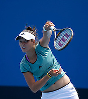 Laura Robson (GBR) against Cristina Dinu (ROU) in the Third Round of the Junior Girls Singles. Robson beat Dinu 6-3 6-3..International Tennis - Australian Open Tennis -  Wednesday 27th  Jan 2010 - Melbourne Park - Melbourne - Australia ..© Frey - AMN Images, 1st Floor, Barry House, 20-22 Worple Road, London, SW19 4DH.Tel - +44 20 8947 0100.mfrey@advantagemedianet.com