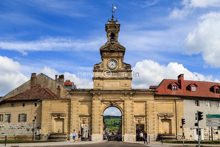 France, Franche-Comté (25), Pontarlier, la Porte Saint-Pierre // France, Franche Comte, Pontarlier,  Saint Pierre Door