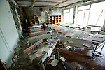 Pripyat, Chernobyl contaminated territories, Ukraine. Town for workers and their families llocated 5 km from the reactor. 45  0000 inhabitants were evacuated April 27, 1986. Since this date, it's a dead town. Class room evacuated 25 years ago.Pripyat, territoires contaminés de Tchernobyl, Ukraine. située à 5 km du réacteur cette ville qui herbergeait 45 0000 habitants (les travailleurs de la centrale et leurs familles) a été evacuée le 27 avril 1986...Prypiat, territoires contaminés de Tcernobyl, Ukraine. située à 5 km du réacteur cette ville qui herbergeait 45 0000 habitants (les travailleurs de la centrale et leurs familles) a été evacuée le 27 avril 1986. Salle de classe abandonnée depuis 20 ans