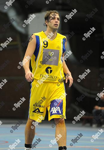 2012-11-11 / Basketbal / seizoen 2012-2013 / Soba - Turuka / Yannick De Leeuw..Foto: Mpics.be