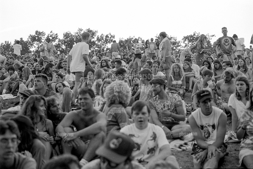 The Lawn Crowd at The Grateful Dead at Pine Knob Music Theatre, Clarkston, MI on 20 June 1991