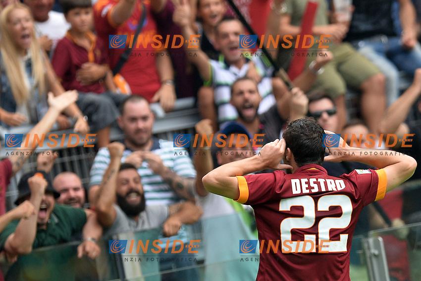 Esultanza dopo il gol di Mattia Destro Roma. Goal celebration.<br /> Roma 21-09-2014 Stadio Olimpico. Football Calcio 2014/2015 Serie A. AS Roma - Cagliari. Foto Antonietta Baldassarre / Insidefoto