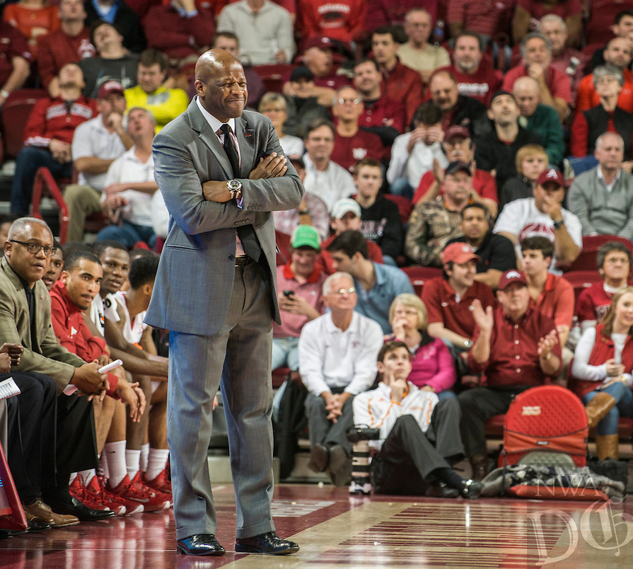 NWA Democrat-Gazette/ANTHONY REYES • @NWATONYR<br /> Mike Anderson, Arkansas head coach, reacts to a call while playing Tennessee in the first half Tuesday, Jan. 27, 2015 at Bud Walton Arena in Fayetteville. The Razorbacks won 69-64.