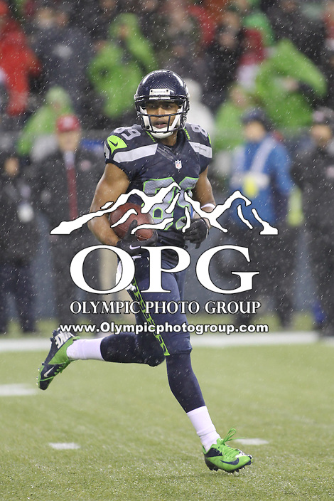 Dec 23, 2012:  Seattle Seahawk's Doug Baldwin against the San Francisco during Sunday nights game of the week at Century Link Stadium in Seattle WA.  Seattle defeated San Francisco 42-13.