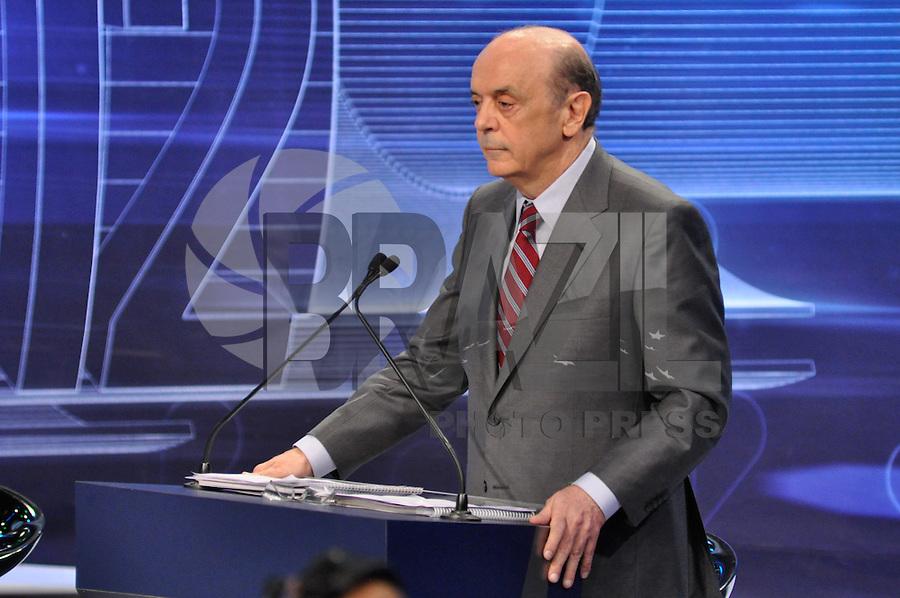 OSASCO, SP, 03 SETEMBRO DE 2012 – DEBATE REDETV – ATENÇÃO EDITOR: FOTO EMBARGADA PARA VEÍCULOS INTERNACIONAIS: Candidatos a prefeitura de São Paulo José Serra  durante debate realizado na noite desta segunda feira (03) pela RedeTV, na sede da emissora em Osasco. (FOTO: LEVI BIANCO / BRAZIL PHOTO PRESS).