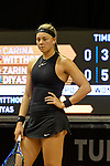 25.04.2018, Porsche-Arena, Stuttgart, GER, Porsche Tennis Grand Prix 2018, Carina Witthöft / Witthoeft (GER) vs Zarina Diyas (KAZ) im Bild Carina Witthöft / Witthoeft (GER) ist ratlos<br /> <br /> Foto © nordphoto / Hafner