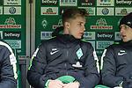 13.01.2018, Weser Stadion, Bremen, GER, 1.FBL, Werder Bremen vs TSG 1899 Hoffenheim, im Bild<br /> <br /> Auswechselbank <br /> Johannes Eggestein (Werder Bremen #24)<br /> Ole K&auml;uper / Kaeuper (Werder #14)<br /> <br /> Foto &copy; nordphoto / Kokenge