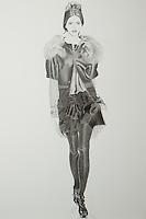 Vera Wang Fall 2010 - 21in x 31.4 (53.34 x 79.76 cm)