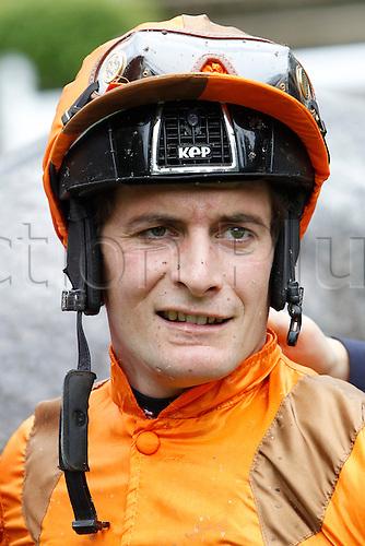 15.09.2016. Auteuil Racecourse, Paris, France.  Race 3-Alain Et Gilles De Goulaine Listed Handicap Hurdle.  Chase. Regis Schmidlin