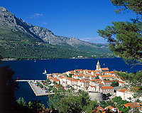 Kroatien, Dalmatien, Korcula: mittelalterliche Stadt auf gleichnamiger Insel - Geburtsort Marco Polos | Croatia, Dalmatia, Korcula: medieval town on identical island - Marco Polo's place of birth