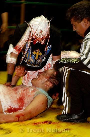 luche libre professional wrestling; 12.05.2004<br />