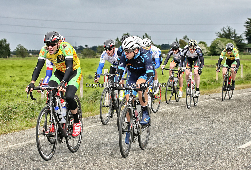 in stage one of the Tour of Southland, Invercargill, New Zealand, Monday, November 03, 2014. Credit:NINZ / Dianne Manson