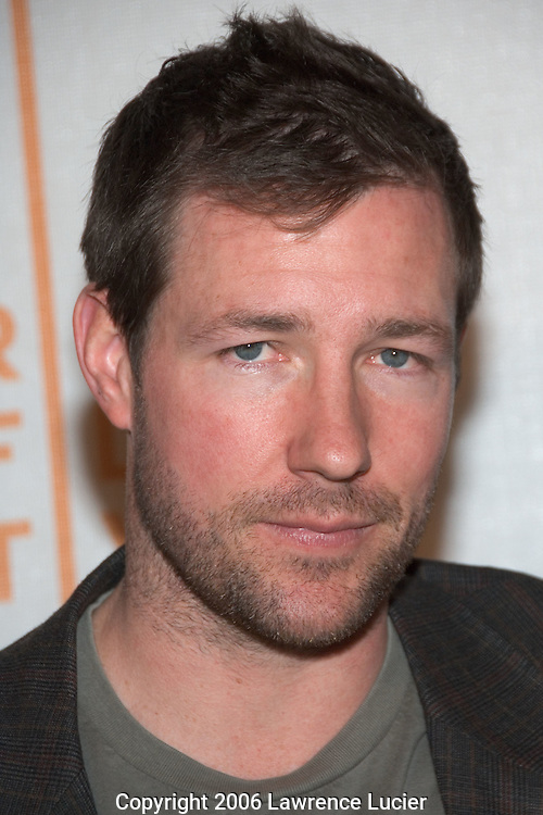 "Actor Ed Burns arrives at the Tribeca Film Festival for the screening of the film ""The Groomsmen"" at Tribeca Performing Arts Center April 29, 2006 in New York City.. (Pictured: Ed Burns)."