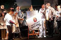 SAO PAULO, SP, 17 JULHO 2012 - MEMORIAL 17 JULHO - Memorial 17 de Julho, inauguarado hoje em homenagem às 199 vítimas do acidente do voo TAM JJ 3054, que caiu no local no ano de 2007, ao lado do Aeroporto de Congonhas, na zona sul de São Paulo.<br />  (FOTO: ADRIANA SPACA / BRAZIL PHOTO PRESS).