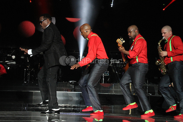 NEW ORLEANS, LOUISIANA - JULY 7, 2014<br /> <br /> Charlie Wilson performs at the 20th anniversary of the Essence Festival at the Mercedes Benz Superdome, July 6, 2014 in New Orleans, Louisiana Walik Goshorn/MediaPunch