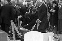 Pix: Copyright Anglia Press Agency/Archived via SWpix.com. The Bamber Killings. August 1985. Murders of Neville and June Bamber, daughter Sheila Caffell and her twin boys. Jeremy Bamber convicted of killings serving life...copyright photograph>>Anglia Press Agency>>07811 267 706>>..Graveside coffin. no date..ref 0003 neg 13..