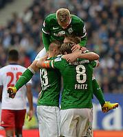 FUSSBALL   1. BUNDESLIGA   SAISON 2013/2014   6. SPIELTAG Hamburger SV - SV Werder Bremen                       21.09.2013 Aaron Hunt (SV Werder Bremen) ist beim Torjubel nach dem 0:1 obenauf