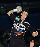 Handball Maenner 1. Bundesliga 2002/2003 Color Line Arena Hamburg (Germany) HSV Hamburg - SG Wallau-Massenheim (23:26) Pascal Herns (Wallau) wirt