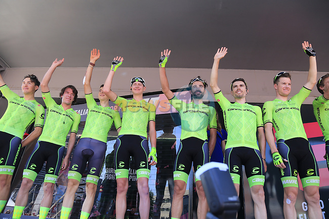 Cannondale Pro Cycling Team at sign on before the start of Stage 2 of the 2016 Giro d'Italia running 190km from Arnhem to Nijmegen, The Nethrerlands. 7th May 2016.<br /> Picture: Eoin Clarke | Newsfile<br /> <br /> <br /> All photos usage must carry mandatory copyright credit (&copy; Newsfile | Eoin Clarke)