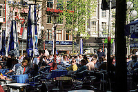 Pub terrasses in Amsterdam (Netherlands, 12/04/1991)