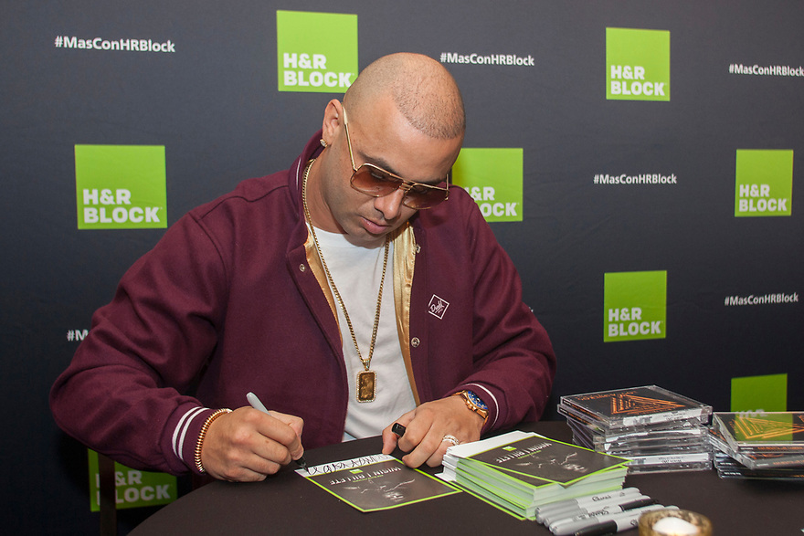 "H&R Block (NYSE: HRB) unveiled in Miami a new music video-style advertisement featuring Reggaeton artist, Wisin in Miami Beach, Florida on Wednesday January 13, 2016. For the ad, Wisin re-recorded his hit song, ""Piquete,"" to promote the tax preparation company's ""1,000 Win $1,000 Daily Sweepstakes."" (Jesus Aranguren / AP Images for H&R Block)"