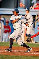 August 12, 2009:  Destin Hood of the Vermont Lake Monsters during a game at Dwyer Stadium in Batavia, NY.  The Lake Monsters are the Short-Season Class-A affiliate of the Washington Nationals.  Photo By Mike Janes/Four Seam Images