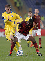 Calcio, Champions League: Gruppo E - Roma vs Bate Borisov. Roma, stadio Olimpico, 9 dicembre 2015.<br /> Bate Borisov's Aleksandr Hleb, left, and Roma's Antonio Ruediger fight for the ball during the Champions League Group E football match between Roma and Bate Borisov at Rome's Olympic stadium, 9 December 2015.<br /> UPDATE IMAGES PRESS/Isabella Bonotto