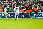 05.08.2017, Weser Stadion, Bremen, FSP, SV Werder Bremen (GER) vs FC Valencia (ESP) , <br /> <br /> im Bild | picture shows<br /> Freistoss von Florian Kainz (SV Werder Bremen #7) landet in der Mauer, <br /> <br /> Foto &copy; nordphoto / Rauch