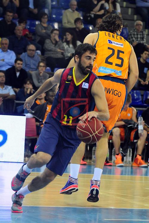 League ACB-Endesa 2014/2015 - Game: 07.<br /> FC Barcelona vs Valencia Basket Club: 76-57.<br /> Juan Carlos Navarro vs Loncar.