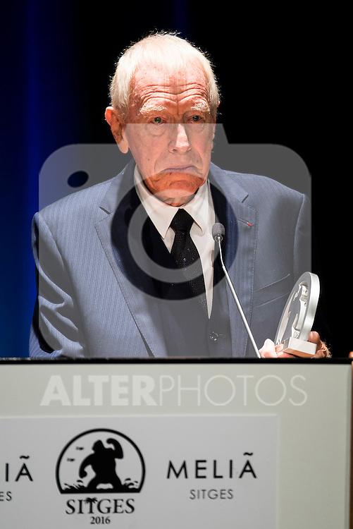 Max Von Sydow receive the honorific award during the opening ceremony of the Festival de Cine Fantastico de Sitges in Barcelona. October 07, Spain. 2016. (ALTERPHOTOS/BorjaB.Hojas)
