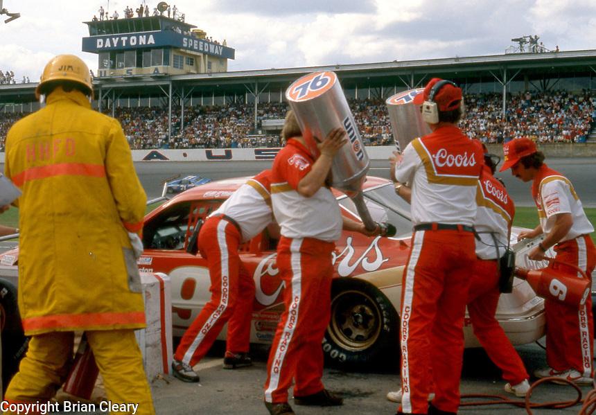 Bill Elliott 9 pits pit stop Daytona 500 at Daytona International Speedway in Daytona Beach, FL on February  1984. (Photo by Brian Cleary/www.bcpix.com)