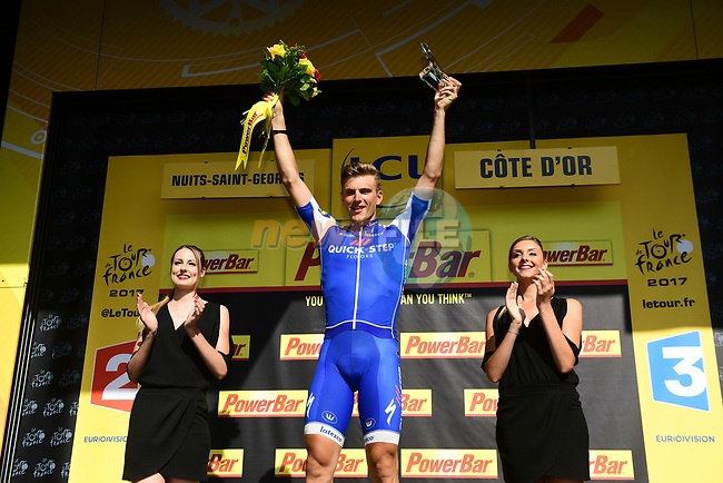 Marcel Kittel (GER) Quick-Step Floors wins Stage 7 of the 104th edition of the Tour de France 2017, running 213.5km from Troyes to Nuits-Saint-Georges, France. 7th July 2017.<br /> Picture: ASO/Alex Broadway | Cyclefile<br /> <br /> <br /> All photos usage must carry mandatory copyright credit (&copy; Cyclefile | ASO/Alex Broadway)