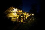 station de Saut Pararé, camp de base du CNRS. Réserve naturelle des Nouragues