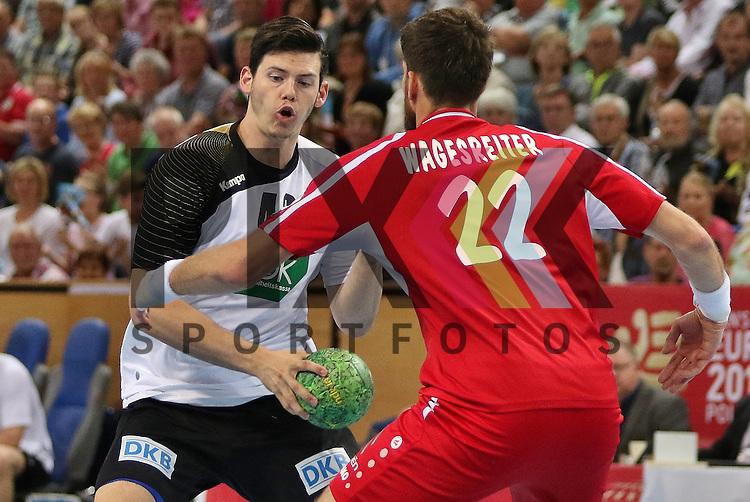 Kiel, 14.06.15, Sport, Handball, L&auml;nderspiel, EM-Qualifikation, Deutschland - &Ouml;sterreich : Simon Ernst (VfL Gummersbach / Deutschland, #40), Markus Wagesreiter(SG INSIGNIS Handball WESTWIEN / &Ouml;sterreich, #22)<br /> <br /> Foto &copy; P-I-X.org *** Foto ist honorarpflichtig! *** Auf Anfrage in hoeherer Qualitaet/Aufloesung. Belegexemplar erbeten. Veroeffentlichung ausschliesslich fuer journalistisch-publizistische Zwecke. For editorial use only.