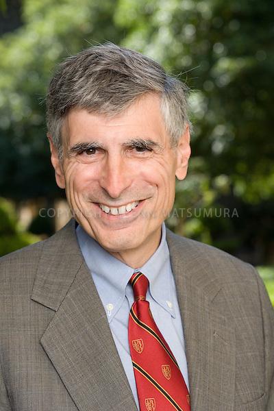 Stanford Med school dean Paul Pizzo