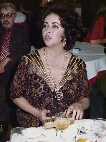 Elizabeth Taylor 1974<br /> Photo to By John Barrett/PHOTOlink/MediaPunch