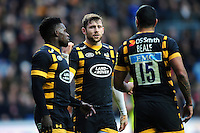 Elliot Daly of Wasps speaks to his team-mates. Aviva Premiership match, between Wasps and Leicester Tigers on January 8, 2017 at the Ricoh Arena in Coventry, England. Photo by: Patrick Khachfe / JMP