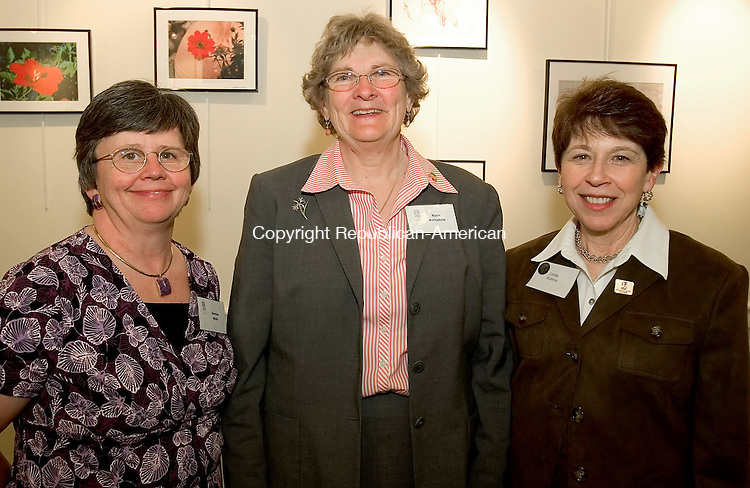 SOUTHBURY, CT- 15 APRIL 2008 --041508JS07--Denise Weik of Morris, Ruth Avitabile of Bethlehem and Linda Rubino of Oxford at the Soroptimists of Greater Waterbury's awards night held at the Southbury Public Library. Tough was the recipient of the Woman's Opportunity Award. <br /> Jim Shannon / Republican-American