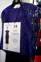 SAO PAULO, SP, 18 DE MARCO 2013 - SPFW TUFI DUEK - Araras de roupas no backtage da grife Tufi Duek no primeiro dia do São Paulo Fashion Week primavera-verão na Bienal do Ibirapuera na região sul da cidade de São Paulo nesta segunda-feira, 18. .FOTO: POLINE LYS - BRAZIL PHOTO PRESS.