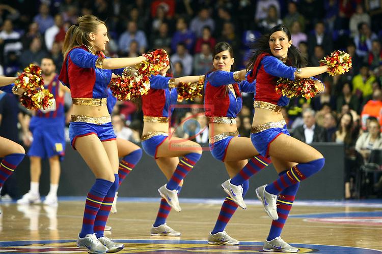 Dream Cheers - Regal FC Barcelona vs Panathinaikos: 71-75 - Euroleague 2010/11 - Playoffs - Game: 2.