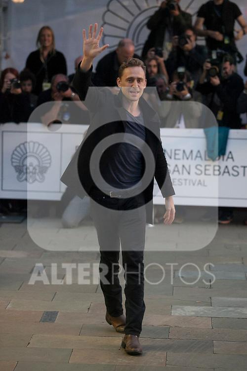 British actor Tom Hiddleston arrives to Maria Cristina hotel during 63rd Donostia Zinemaldia (San Sebastian International Film Festival) in San Sebastian, Spain. September 21, 2015. (ALTERPHOTOS/Victor Blanco)
