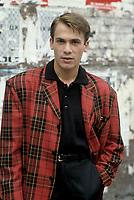 UNDATED FILE PHOTO - Florent Pagny sur le tournage de LA CHAINE, circa 1988<br /> <br /> PHOTO :   Agence quebec Presse