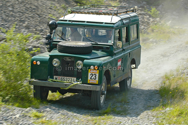 Austria, Boesenstein Offroad Classic, Hohentauern, Steiermark, 25-26.06.2005. Land Rover Series 2a 109 Station Wagon LWB, Green, Reg: W65323L. --- No releases available. Automotive trademarks are the property of the trademark holder, authorization may be needed for some uses.