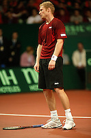 10-2-06, Netherlands, tennis, Amsterdam, Daviscup.Netherlands Russia,  Dmitry Tursonov iis disapointed in his match against Raemon Sluiter.