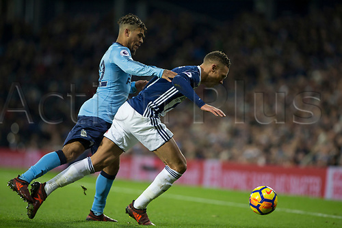 28th November 2017, The Hawthorns, West Bromwich, England; EPL Premier League football, West Bromwich Albion versus Newcastle United; Deandre Yedlin of Newcastle United pressuring Kieran Gibbs of West Bromwich Albion on the ball