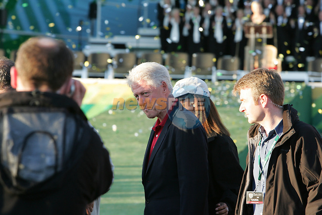 24th September, 2006. Retired American President Bill Clinton seen leavinf after the  closing ceremony of  the ryder cup after beating the American Team in the final day of the  Ryder Cup at the K Club in Straffan, County Kildare in the Republic of Ireland..Photo: Fran Caffrey/ Newsfile.<br />