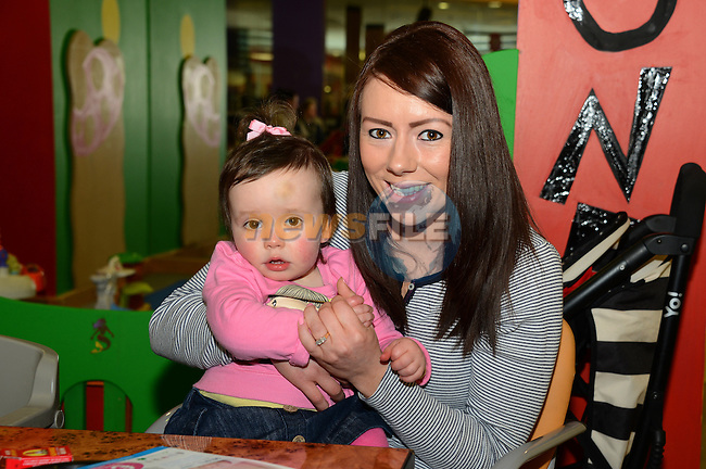 Cathy Cudden and daughter Katie (18 months) at the Mumstown parent toddlers coffee morning in the Laurence Town Centre. www.newsfile.ie