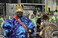 SÃO PAULO, SP, 16.02.2015  CARNAVAL 2015  SÃO PAULO  GRUPO DE ACESSO / LEANDRO DE ITAQUERA  Valter Pinto da escola de samba Leandro de Itaquera durante desfile do grupo de acesso do Carnaval de São Paulo, na madrugada desta segunda-feira, (16). (Foto: Marcos Moraes / Brazil Photo Press).